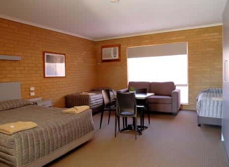 Family Room Goldtera Motor Inn